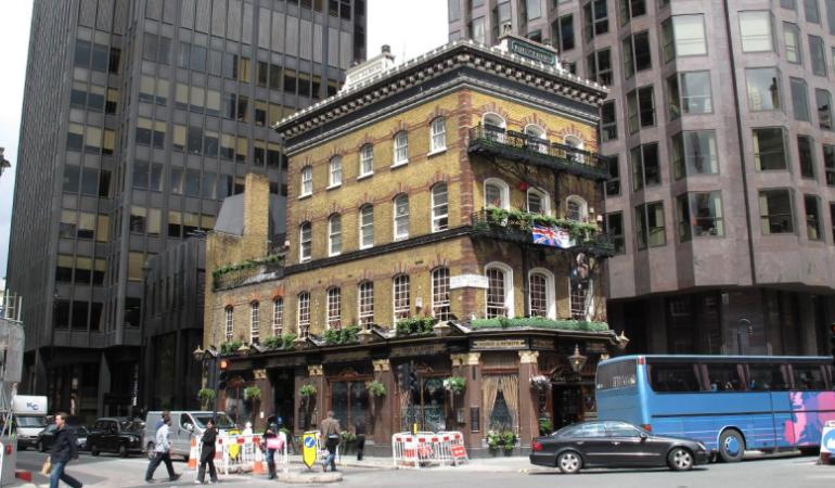 London-The-Albert-Pub-770x450